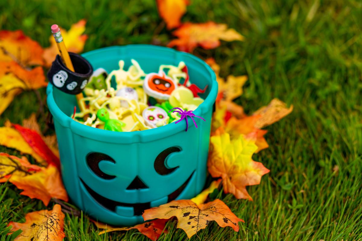 Blog Image: Cooler Than Candy: Halloween Treat Ideas